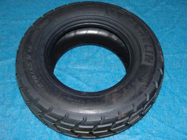 Michelin XP27 270/65R16 Reifen/Rad